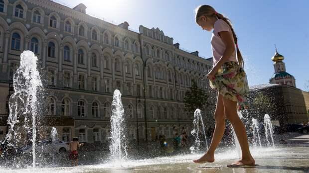 Синоптики объявили оранжевый уровень погодной опасности в Москве из-за жары