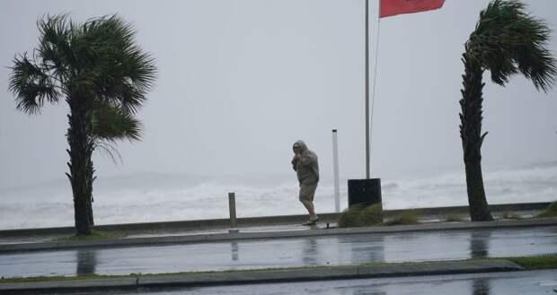 """США накрыл ураган """"Салли"""": последствия разрушительной стихии в фотографиях"""