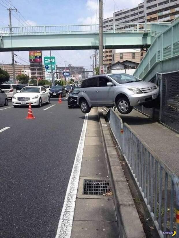 Машины попали в большие неприятности