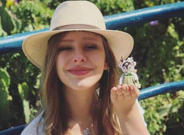 """Родившая Лиза Арзамасова показала фото из роддома: """"Сегодня уже есть силы на подробности"""""""
