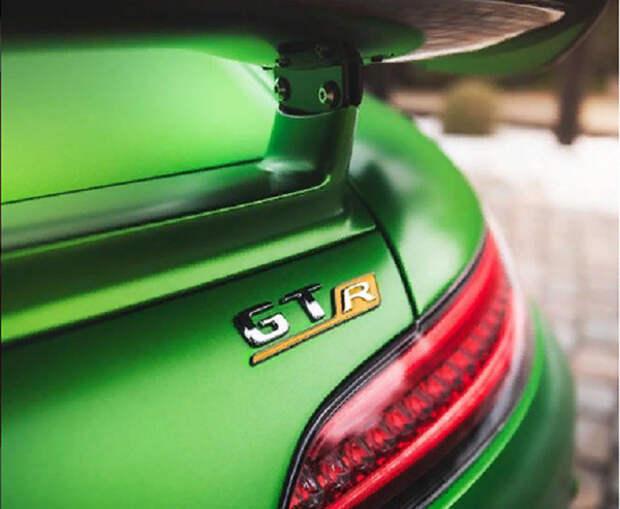 Названы самые популярные в России марки автомобилей премиум-класса
