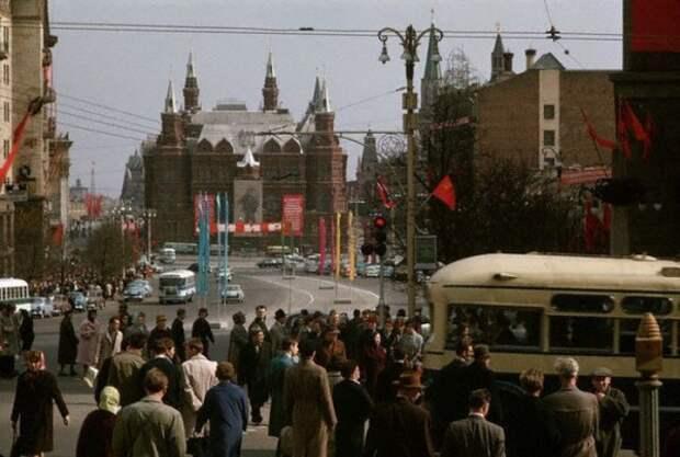 055 Улица Горького в Москве