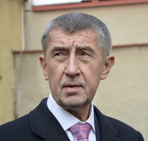 Бабиш просит страныЕС выслать «хотябы поодному» российскому дипломату