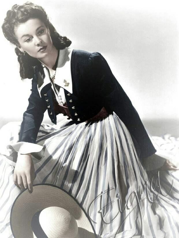 Эталон элегантности Вивьен Ли на винтажных открытках.