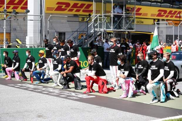 «Русский менталитет»: Квят объяснил отказ вставать на колено перед началом «Формулы-1»