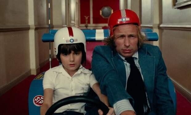 Кем вырос мальчик-миллионер из комедии «Игрушка» с Пьером Ришаром?