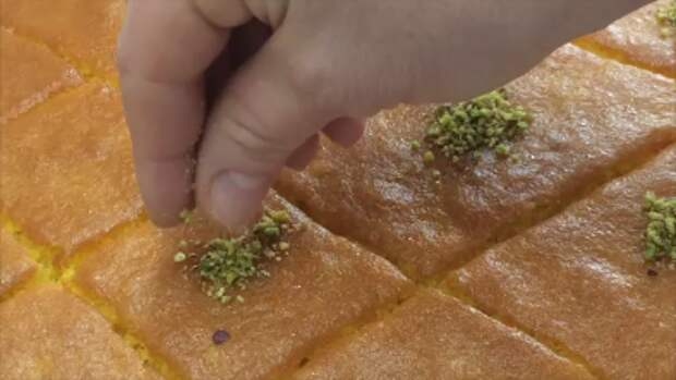 Рецепт вкуснейшего пирога из манки Ревани (Revani) Десерт, Рецепт, Видео, Еда, Выпечка, Кулинария, Приготовление, Видео рецепт, Длиннопост