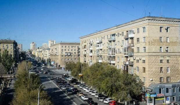 Вцентре Волгограда таксист сбил мотоциклиста