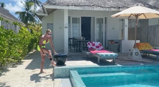 Спать не даю: Волочкова продемонстрировала виллу на Мальдивах, где отдыхает с любимым