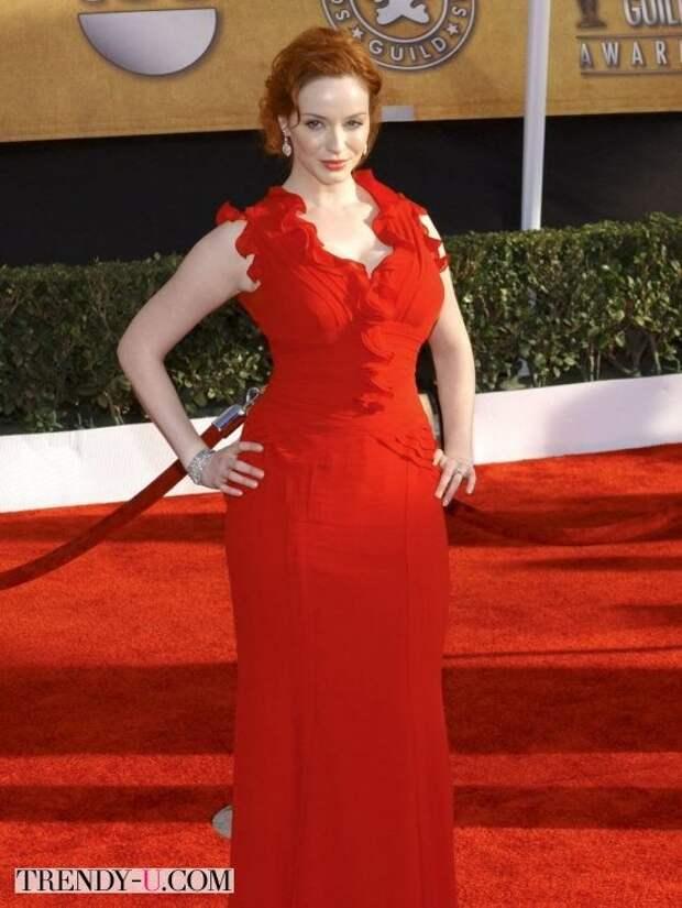 Кристина Хендрикс в ярко-красном. Глаз не оторвать!