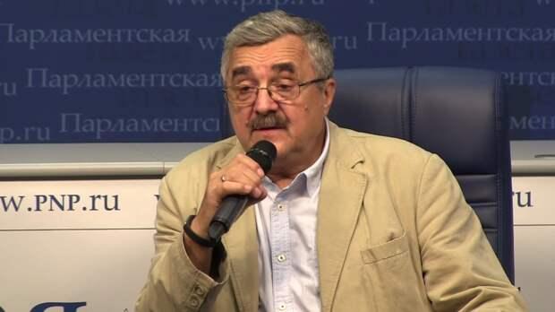 Политолог Жарихин рассказал, как Киев использует Медведчука против России