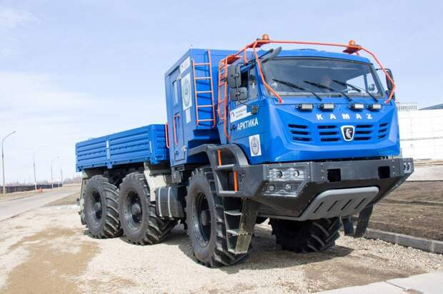 В России скоро начнутся испытания тяжёлого вездехода КамАЗ-6355 «Арктика»
