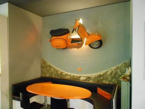 Светильники из скутеров (подборка)
