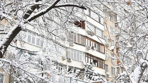 На Кубани вводят режим ЧС из-за снегопада