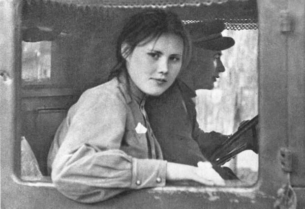 """""""Зверства"""" советских солдат в Чехословакии."""