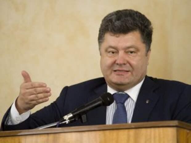 П.Порошенко позволил войти в Украину 700 вооруженным членам международной Миссии