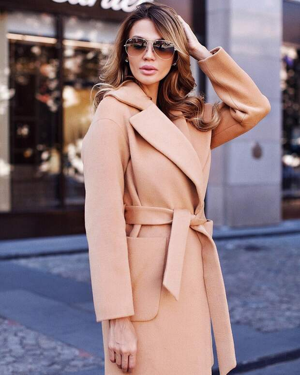 17 стильных моделей пальто для женщин 40 лет на 2021 год