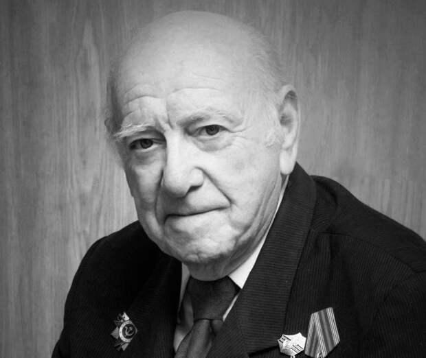 В Крыму на 97-ом году жизни скончался известный фотограф Владимир Бейлис