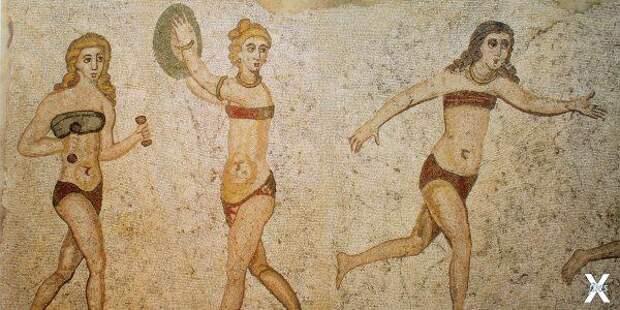 Римские женщины в набедренных повязка...