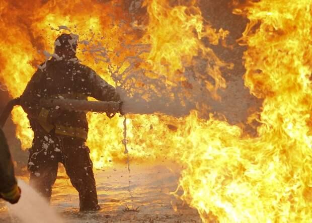 Как пережить жару: советы пожарных и военных