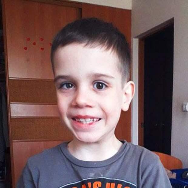 Максим Фролов, 9 лет, ретинобластома – злокачественная опухоль сетчатки обоих глаз, требуется обследование и лечение в онкологическом центре Мемориал Слоан-Кеттеринг (Нью-Йорк, США), 172048₽