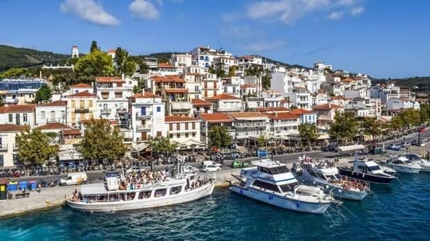 Греция отменяет обязательную самоизоляцию для туристов с 19 апреля