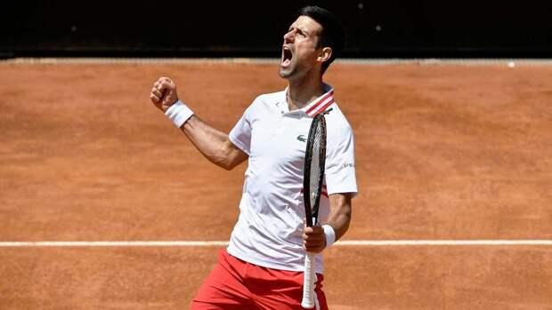 Джокович победил Циципаса и прошел в полуфинал турнира в Риме