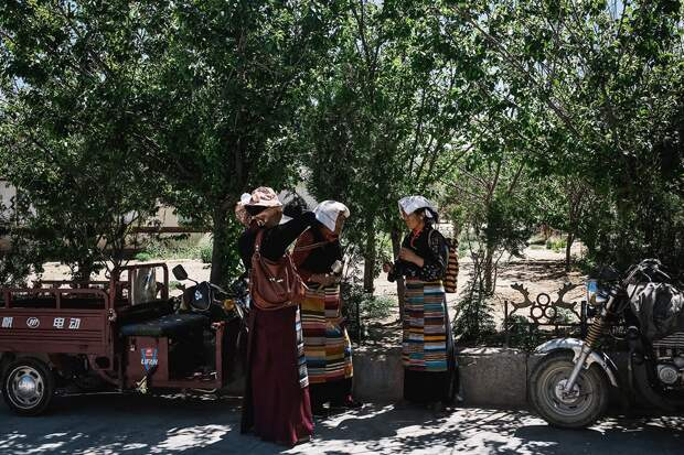 shigadze01 В поисках волшебства: Шигадзе, резиденция Панчен ламы и китайский рынок