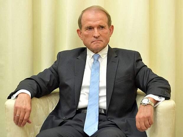 СБУ заподозрила Виктора Медведчука в госизмене