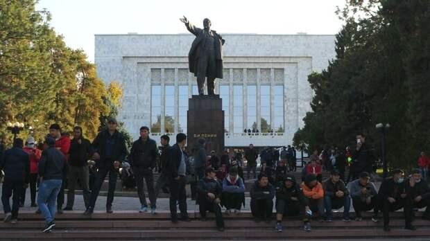 Вассерман: Китай не позволит Америке хозяйничать в Киргизии