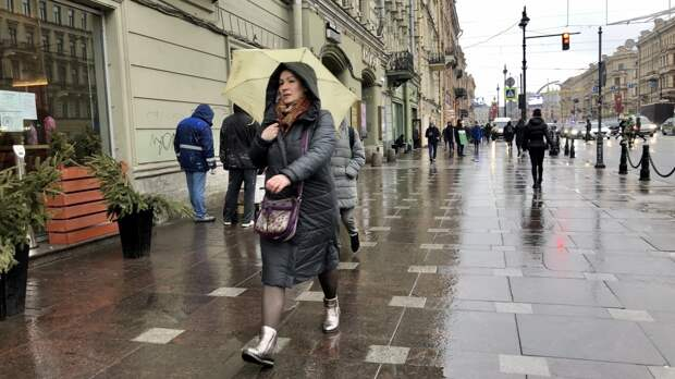 Петербуржцев предупредили о возвращении дождей и похолодания