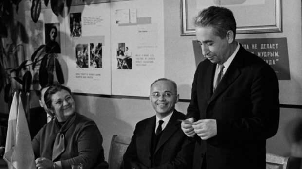 Его у нас любили: 100 лет со дня рождения Станислава Лема