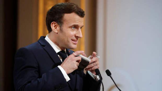 Президент Франции поддержал решение французских клубов отказаться от участия в Суперлиге