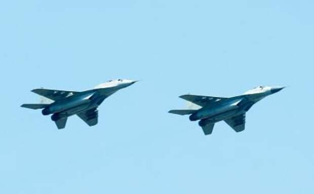 На фото: истребители МиГ-29