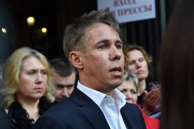 """Сплошной """"винегрет"""": у актера Алексея Панина своя правда о похоронах его матери"""