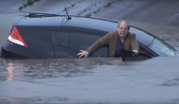 Хьюстон, у нас проблемы: как автомобилисты встречают ураган «Харви»