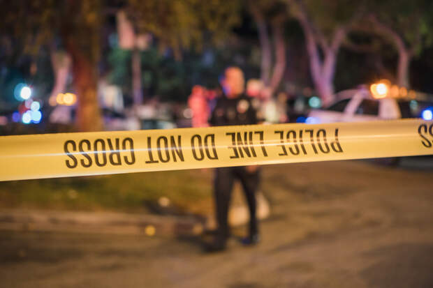 Житель Колорадо выстрелил 24 раза во время спора из-за собаки и убил женщину