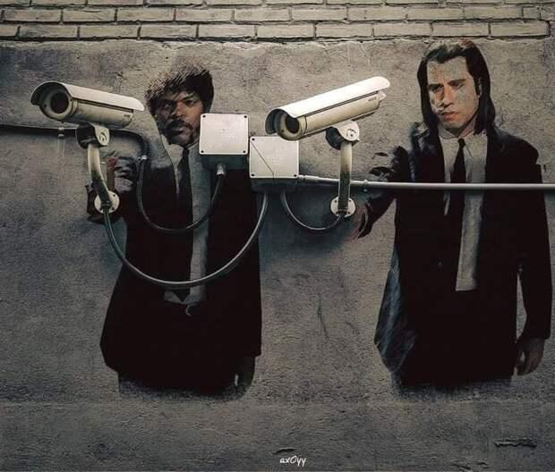 Графитти у камер наблюдения
