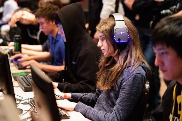 terraoko 2014 09 11 01 8 10 лучших профессиональных геймеров женщин