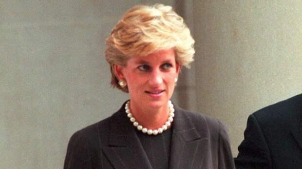 Почему принцесса Диана невзлюбила фаворитку принца Филиппа
