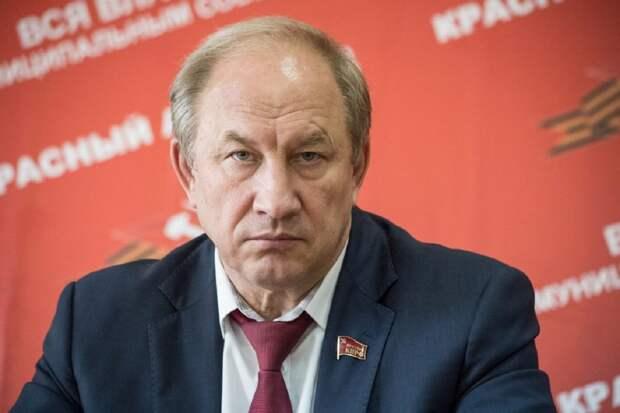 Первого секретаря Московского комитета КПРФ Валерия Рашкина обвиняют в попытке устранить своего политического конкурента