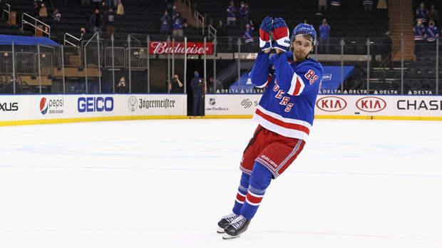 Бучневич оформил первый хет-трик в НХЛ в свой день рождения