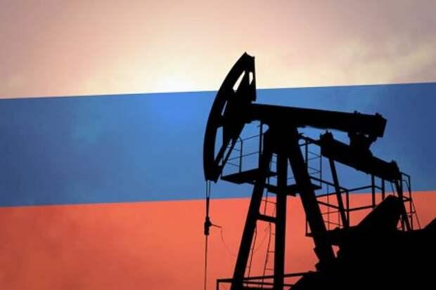 Страны ОПЕК+ согласовали рост добычи нефти России в апреле на 130 тысяч баррелей в сутки
