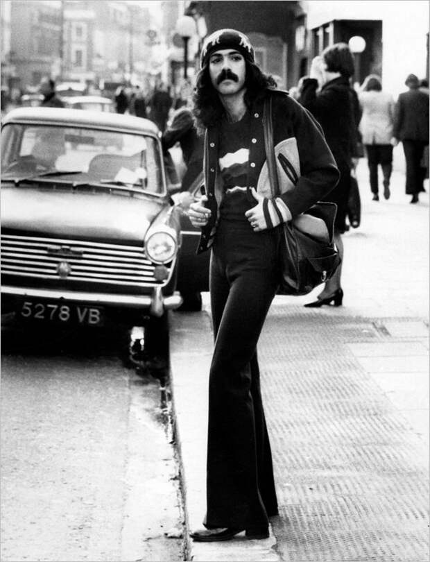 Брюки-клеш — хит 1970-х
