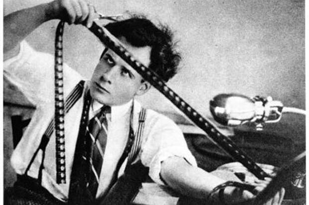 Режиссер Сергей Эйзенштейн следил за каждый кадром фильма