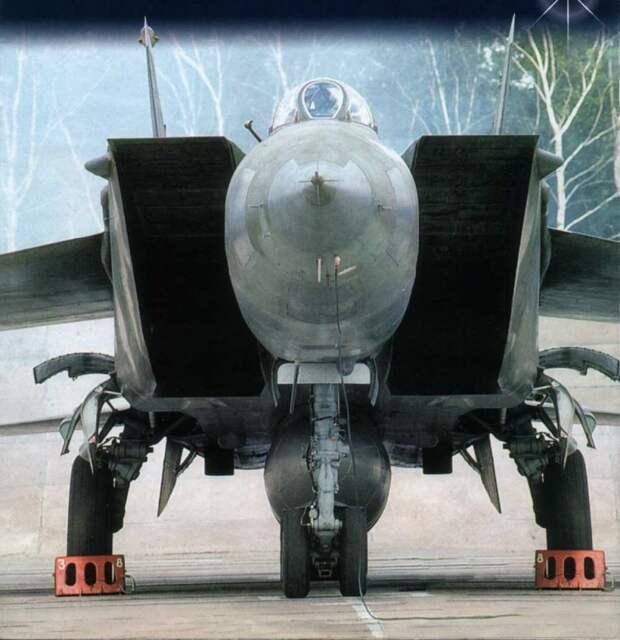 МиГ-25 появился слишком поздно?