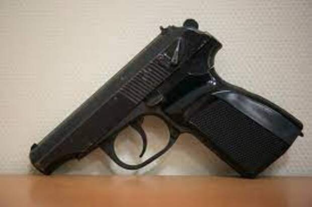 После предыдущего расстрела учеников в Керчи правила оборота оружия смягчили