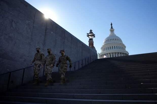 Свыше 70 полицейских в США уволились после штурма Капитолия