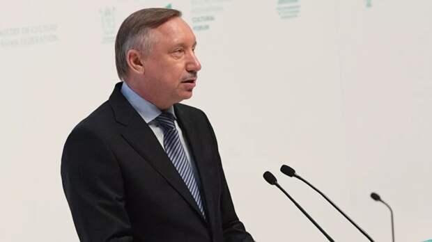 Губернатор Петербурга не исключил усиления ограничений из-за COVID-19