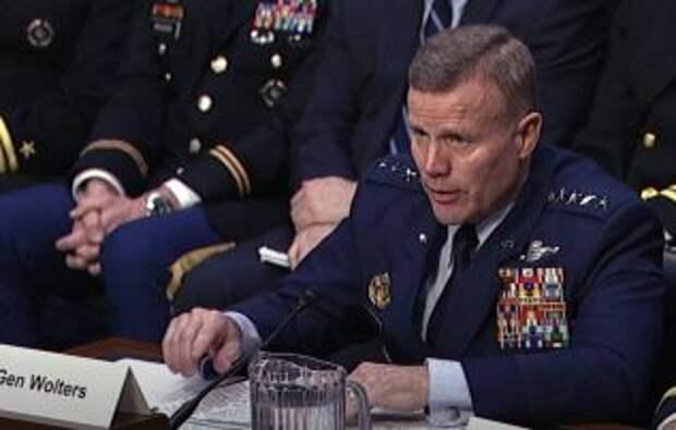 Американский генерал оценил угрозу вторжения РФ в Украину от низкой до средней